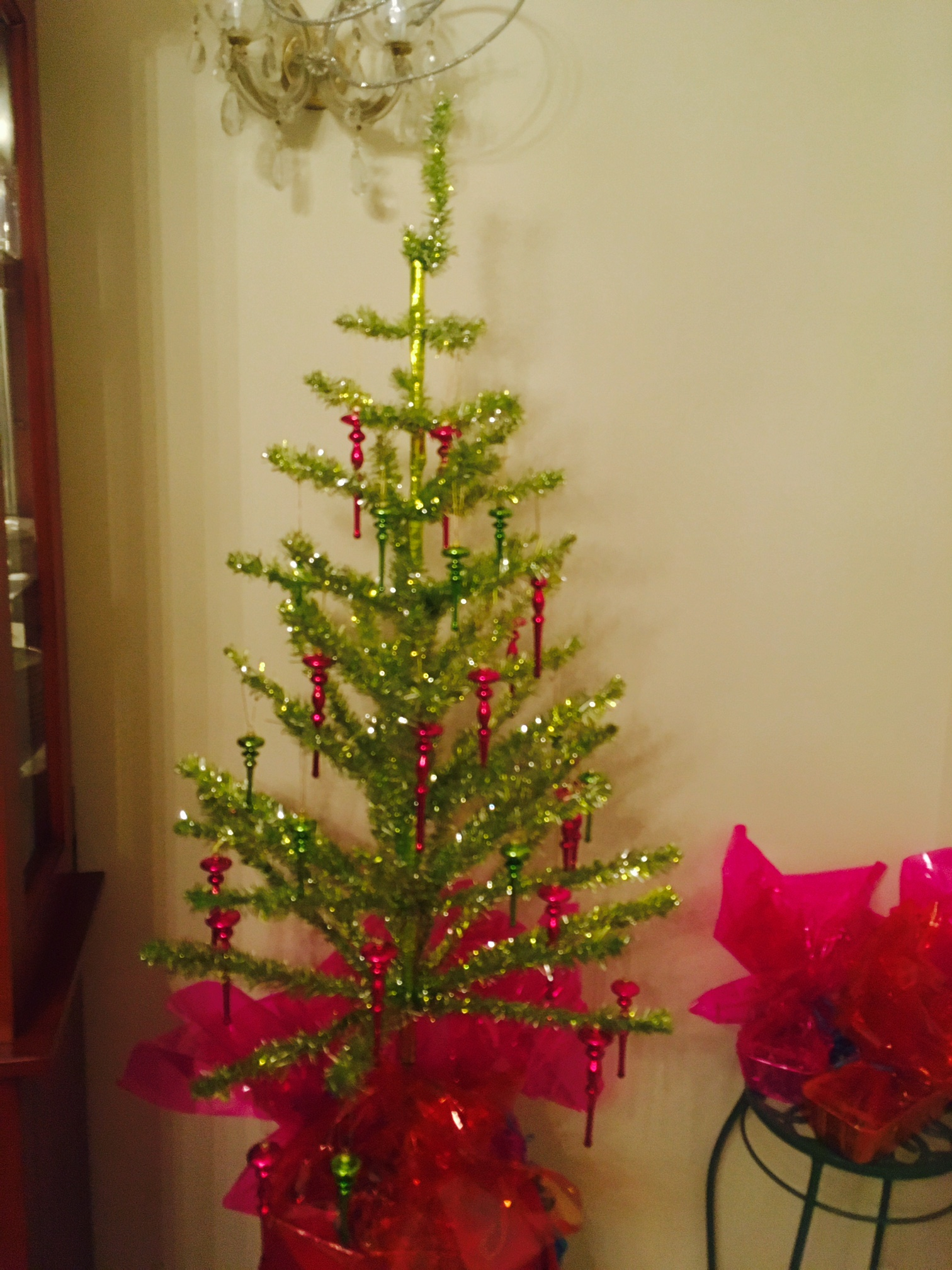 Styling A Lime Green Tinsel Feather Tree With Hot Pink Fuschia Ornaments
