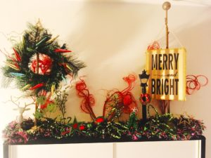 Christmas display mantel design